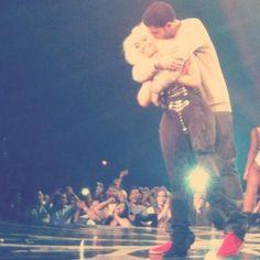Drake + Nicki Follow me @barbzinpink