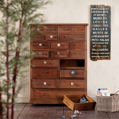 OPEN bútorgomb 3cm üveg csavart Butler, Chest Of Drawers, Modern, Dresser, Sweet Home, Inspiration, Home Decor, Furnitures, England