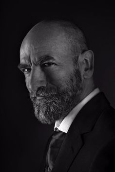 Here is a NEW pic of Graham McTavish Source Graham Mctavish, Outlander Casting, Outlander Tv Series, Outlander Characters, Hot Scottish Men, Divas, Ron Moore, Laura Donnelly, Handsome Older Men