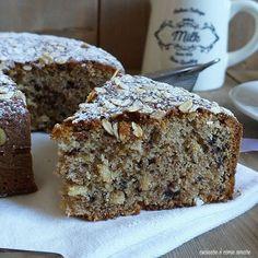 Matcha tea cake and tonka bean - HQ Recipes Tortilla Sana, Tortas Light, Torta Angel, Sweet Recipes, Cake Recipes, Bean Cakes, Light Cakes, Plum Cake, Salty Cake