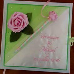 coussin-mariage.fr Voici le livre d or qui accompagne le coussin ci dessous ... #mariageenvert #mariagethemeroses #mariage #ring #weddingparty  #bruiloft #celebration #bride  #bridesmaids  #unforgettable #matrimonio #weddinginspiration #bridal  #forever #weddingplanner #couple #weddingideas #together #ceremony  #destinationwedding #weddingday  #celebrate  #hochzeit #congrats #congratulations #instalove #jourj #fiancailles #engaged. We ship worldwide. See couture-broderie.fr by…