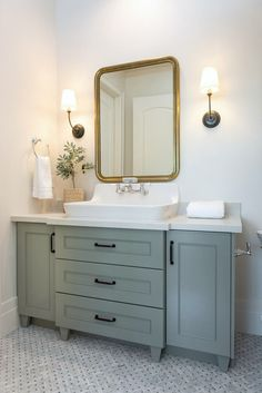 Beautiful European Contemporary Home Tour Vanity Paint Color is Farrow & Ball Pigeon Modern Bathroom Design, Contemporary Bathrooms, Bathroom Interior Design, Bad Inspiration, Bathroom Inspiration, Bathroom Ideas, Bathroom Organization, Shower Ideas, Bathroom Renovations