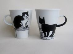 Black and White Cat on rooftop Handpainted Porcelain от damave