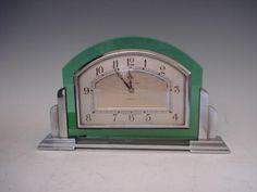 Mappin & Webb An Art Deco desk clock, circa 1930