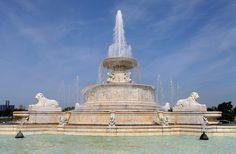 Confira as melhores fontes pelo mundo - James Scott Memorial Fountain, Detroit, EUA