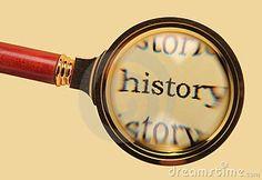 Mi clase de historia es muy difícil y aburrido. En clase, yo escribo mucho y hago exposicións.