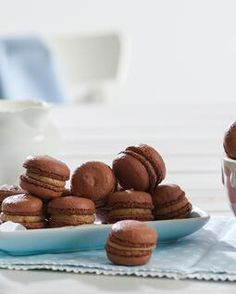 Keine Angst vor Macarons | Backen.de Angst, Almond, About Me Blog, Cookies, Desserts, Food, Biscuits, Pies, Cakes