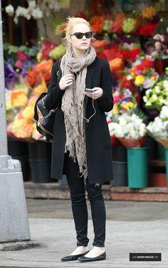 In New York City: Rag & Bone the Legging jeans in Midnight, Persol PO2998S Sunglasses & Lanvin Ballet Flat in Black