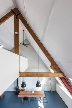 Will be nice to add a loft section on the bedroom side. Home in Amsterdam by Studio RUIM Residential Interior Design, Interior Architecture, Loft Spaces, Small Spaces, Amsterdam, New Staircase, True Homes, Piece A Vivre, Home Goods