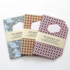 Conjunto composto por três cadernos - Pono / Austríaco / Angular. Três cadernos tamanho A5 perfeitos para anotar suas ideias. Edição limitada a 50 exemplares / cada.