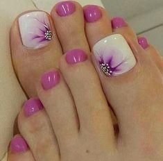 Toe Nail Color, Toe Nail Art, Nail Colors, Pretty Toe Nails, Cute Toe Nails, Easy Nails, Pretty Toes, Pretty Pedicures, Bright Summer Nails