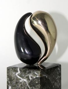 Cheap Statues For Sale # Yin Yang, Contemporary Sculpture, Sculpture Clay, Garden Sculpture, Couple Gifts, Stones And Crystals, Metal Art, Glass Art, Glass Door