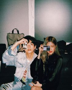 Ulzzang Couple, Ulzzang Girl, Boy And Girl Friendship, Rose Icon, Cute Couples Photos, Kpop Couples, Film Aesthetic, Blackpink And Bts, Nct
