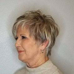 Simple and Stylish Tricks: Shaggy Haircuts Shag Hairstyles older women hairstyles half up.Women Afro Hairstyles Street Styles women hairstyles over 50 posts. Shaggy Short Hair, Short Shag Hairstyles, Haircuts For Fine Hair, Hairstyles Over 50, Short Hairstyles For Women, Cool Hairstyles, Pixie Haircuts, Latest Hairstyles, Wedding Hairstyles