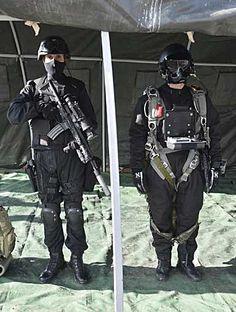 Turkish Special Forces - #Special #Forces #Command #ÖKK aka #Bordo Bereliler #Black #Paratrooper #HALO #HAHO #CQB #HK416