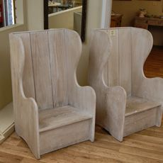 Love these lambing chairs