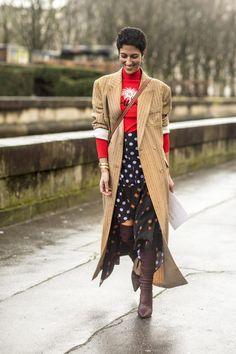 Korean Fashion On The Streets Of Paris Look Fashion, Paris Fashion, Fashion Photo, Korean Fashion, Chic Outfits, Fashion Outfits, Womens Fashion, Skirt Outfits, Fashion Ideas