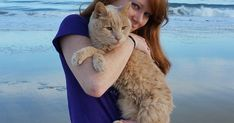 Woman Rescues 21-Year-Old Cat Abandoned By Owner, To Give Him Best Remaining Days | Bored Panda