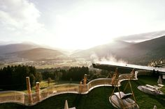 😍⛰ Let yourself be pampered according to all the rules of art and treat yourself to a South Tyrolean holiday feeling of the special class in the Alpin Panorama Hotel Hubertus! Treat Yourself, Hotels, Resort Spa, Wellness Spa, Italy, Let It Be, Train, Mountains, Places