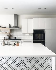 this finely delineated pattern has everyone standing up to cheer. with seemingly endless layout possibilities from hypnotically rhythmic to zany/random, zenith cement tile has the power to make any space happy. best part, this cement tile can be paired with any other of our tiles. shown here our zenith paired with a white cement rectangle subway tile on the backsplash. get your samples today. #cement #subwaytile #kitchen #design #tiles