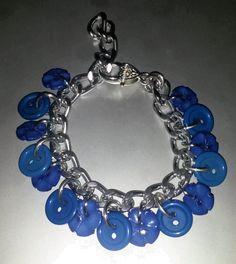 February 16th: Blue buttons bracelet