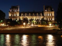 Paris | hôtel de Ville De Paris – Vue de la Seine – De nuit