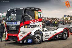 Team OXXO MAN Race Truck