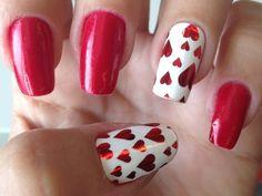 Wie wäre es mit einem besonderen #Nageldesign für den #Valentinstag? Schau mal hier: https://www.stylishcircle.de/blog/manikuere-fuer-den-valentinstag