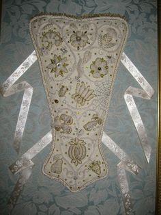 Elizabethan stomacher