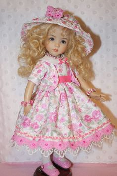 11 PC. LITTLE DARLING DRESS, HAT, SHRUG, SHOES,TIGHTS AND JEWELRY FOR EFFNER 13