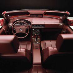 To nie tylko kolor. To deklaracja stylu. Van Mercedes, Mercedes Sl500, Mercedes Benz World, Mercedes Benz Trucks, 1959 Cadillac, Audi, Bmw, Cadillac Eldorado, Rolls Royce