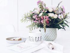 Auf der Mammilade|n-Seite des Lebens | Personal Lifestyle Blog | Kuchen | kleiner Rührkuchen mit Himbeeren | Blumenstrauß | Vase