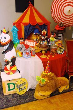 You have to see this circus  birthday party! See more party planning ideas at CatchMyParty.com!