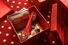 Decorating the Dorchester Way: Easy Co Worker Christmas Gifts