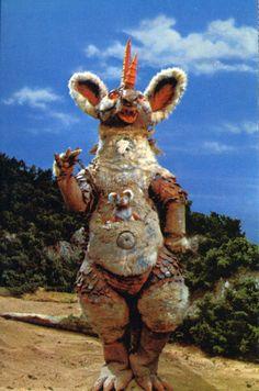 "Mamma Kaiju Pandora and Baby Kaiju Chinpe Ultraman Tarou (1973) episode 22 ""The Wrath of a Child-Carrying Monster"""