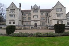 The building we knew as 'Old Queens' - then part of Southlands College, Roehampton.