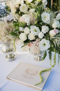 Corey's flower arrangements never disappoint! CD Florals | The Sonnet House | Jett Walker Photography