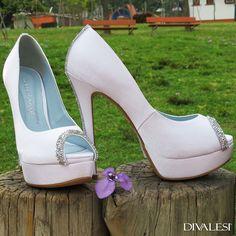 Conte com a Divalesi para tornar o grande dia do seu casamento inesquecível  http://www.divalesi.com.br/