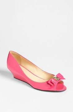 Put a bow on it! kate spade new york pink wedge pump