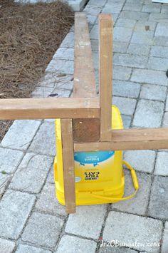 Pool Towel Rack Ideas outdoor towel rack made from a pallet Diy Outdoor Standing Towel Rack