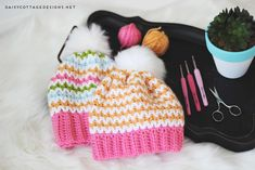 Use this slouchy beanie crochet pattern from Daisy Cottage Designs to create gorgeous crochet beanies. The stitching is beautiful and three sizes are given.