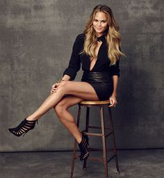 Is there anything Chrissy Teigen can't do?