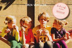 Recensie: 'Versjes van een moeder' van Tirza Lentezoet - http://kroost.org/media/recensie-versjes-van-een-moeder-van-tirza-lentezoet-van-schie/