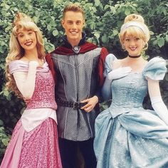Missing these times with the royals! Cinderella, Aurora and prince Phillip. Disney royals. Disney princesses. Disneyland Paris Face Characters