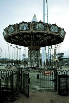 The Six Flags... abandoned theme park in New Orleans, Louisiana. It closed before Hurricane Katrina struck in August 2005 and is currently owned by the City of New Orleans.
