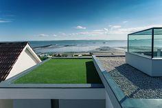 Stunning modern single family house by AR-Design Single Family, Lighthouse, Design Inspiration, Flat, Interior Design, Architecture, Beach, Outdoor Decor, Modern