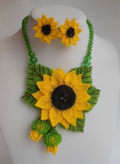 This item is unavailable - Old stuff - This item is unavailable Jewelry set Sunflower necklace Beaded necklace Yellow necklace Sunflower Necklace, Yellow Necklace, Floral Necklace, Summer Necklace, Circle Necklace, Necklace Set, Bead Jewellery, Seed Bead Jewelry, Beaded Jewelry