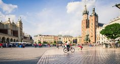 Krakow is made for wandering, whether you're visiting as a tourist or on business with a bit of free time. The city is compact, laden with historical and cultural venues, and an inexpensive place to enjoy a fine meal at one of the hundreds of restaurants, cafés and pubs around… [readmore] #travel #tourism