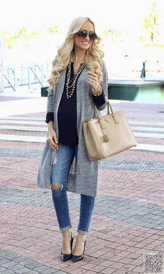 34. #Perfectly Put Together - 51 Amazing #Maternity Street #Style Shots for #Fashion #Inspiration ... → Fashion #Amazing