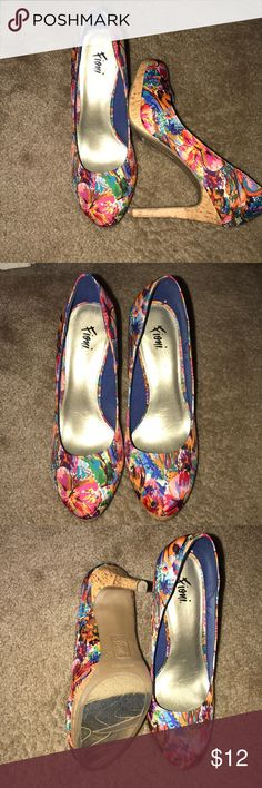 da3885a46dc 9w Fioni multi colored platform pump gently used 9w Fioni multi colored  platform heel fioni Shoes